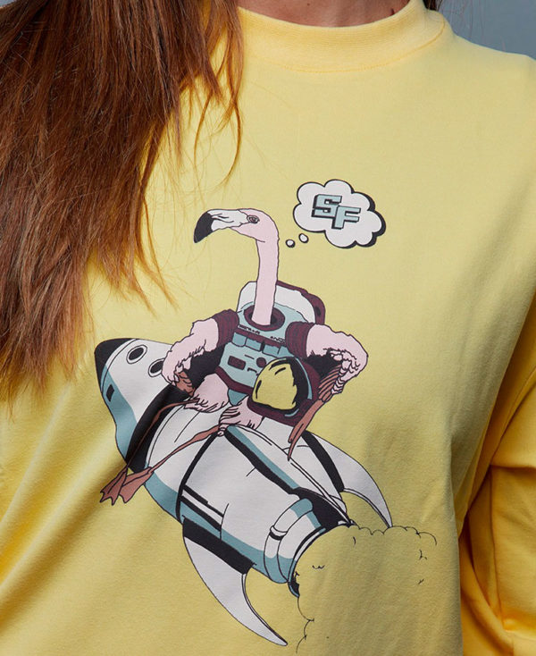 sudadera amarilla Space Flamingo